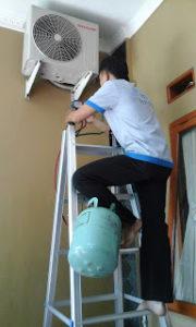 Jasa Perbaikan AC Changhong di Ciputat Terpercaya 08111977885